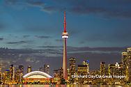 60912-00206 City Skyline at dusk Toronto, ON Canada