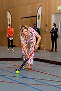 DEN HAAG, 02-06-2021 , Sportcampus<br /> <br /> Koningin Maxima tijdens een werkbezoek gebracht aan de Special Olympics Nationale Spelen op de Sportcampus in Den Haag. De Special Olympics Nationale Spelen is het grootste, tweejaarlijkse landelijke sportevenementen voor sporters met een verstandelijke beperking en vindt plaats van 11 tot en met 13 juni. <br /> <br /> Queen Maxima during a working visit to the Special Olympics National Games on the Sports Campus in The Hague. The Special Olympics National Games is the largest biennial nationwide sporting event for athletes with intellectual disabilities and takes place from June 11-13.