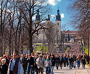 Kalwaria Zebrzydowska, Pielgrzymi uczestniczący w Misterium Męki Pańskiej.<br /> Pilgrims participating in the Mystery of the Passion of the Lord.