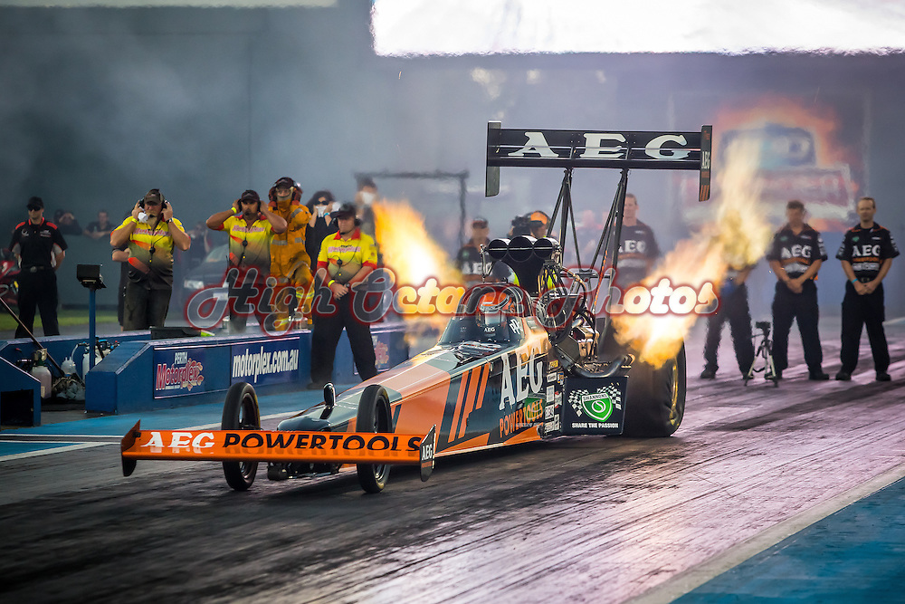 400 Thunder West Coast Nitro at the Perth Motorplex. Photo by Phil Luyer, High Octane Photos.