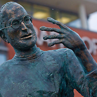 Steve Jobs bronze statue covered in Budapest