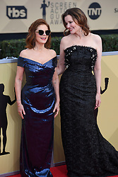 January 20, 2018 - Los Angeles, California, U.S. - SUSAN SARANDON AND GEENA DAVIS  during red carpet arrivals for the 24th Annual Screen Actors Guild Awards, held at The Shrine Expo Hall. (Credit Image: © Kevin Sullivan via ZUMA Wire)