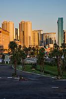 Signature at MGM Grand & Aria Hotel Resorts from Harbor Island Apartments, Harmon Avenue