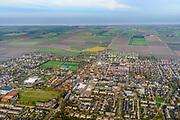 Nederland, Friesland, Het Bildt, gemeente Waadhoeke, 04-11-2018; Sint Annaparochie met in de dorpskern de Van Harenskerk. <br /> Village Sint Ann's parish.<br /> luchtfoto (toeslag op standaard tarieven);<br /> aerial photo (additional fee required);<br /> copyright © foto/photo Siebe Swart