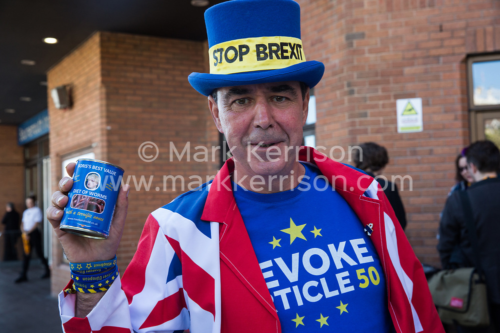 Bournemouth, UK. 15 September, 2019. Pro-EU campaigner Steve Bray of Stand of Defiance European Movement (SODEM) holds a 'can of worms' as he lobbies outside the Liberal Democrat Autumn Conference on the day that party members voted by an overwhelming majority to cancel Brexit if elected to power at the next general election. Credit: Mark Kerrison/Alamy Live News