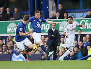 Everton's James McCarthy tussles with Swansea's Jefferson Montero<br /> <br /> Barclays Premier League- Everton vs Swansea City - Goodison Park - England - 1st November 2014 - Picture David Klein/Sportimage