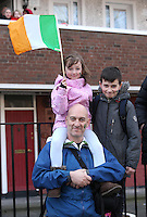 Brian Yeates, from graiguecullen, Co. Carlow, with his children, Charlie, 5, and Ben, 9, at the centenary Easter Rising Parade at Cuffe Street in Dublin. Picture credit; Damien Eagers 27/3/2016