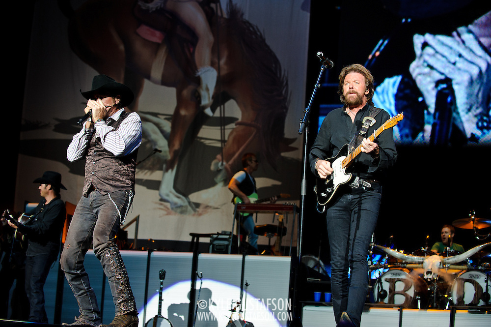 "Bristow, VA. - August 1st, 2010:  Country Music duo Brooks & Dunn perform at Jiffy Lube Live as part of their ""Last Rodeo"" Tour.  The duo, made up of Kix Brooks and Ronnie Dunn, is calling it quits after 20 years and 20 number one country hits. (Photo by Kyle Gustafson/For The Washington Post)"