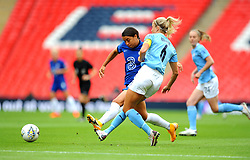 Gemma Bonner of Manchester City Women competes with Sam Kerr of Chelsea Women- Mandatory by-line: Nizaam Jones/JMP - 29/08/2020 - FOOTBALL - Wembley Stadium - London, England - Chelsea v Manchester City - FA Women's Community Shield