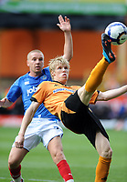 Fotball<br /> England<br /> Foto: Fotosports/Digitalsport<br /> NORWAY ONLY<br /> <br /> Molineux Grounds Wolverhampton Wanderers v Portsmouth Premier League 03/10/2009<br /> Andy Keogh (Wolves) Jamie O'Hara  (Portsmouth)