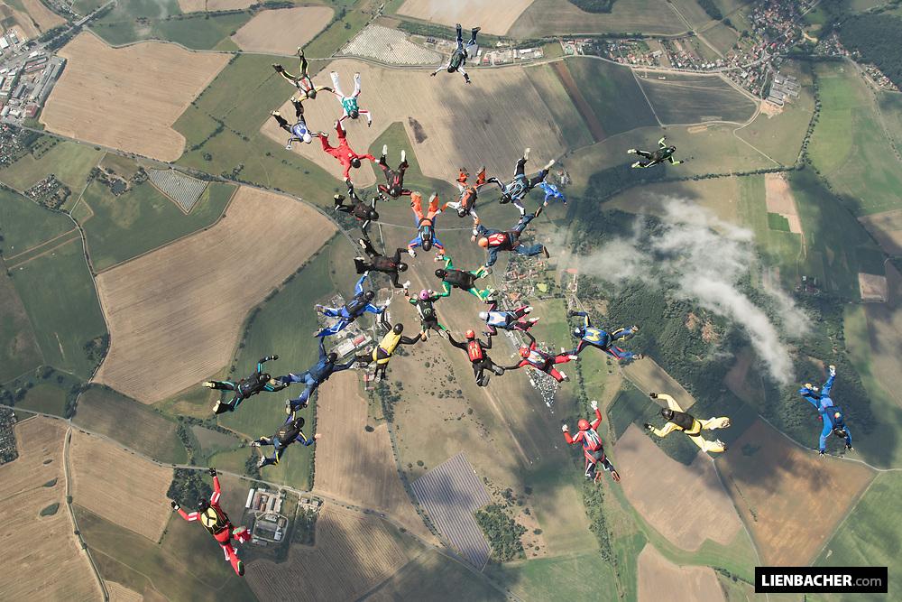 Pete Allums Bigway Camp at Skydive Pink Klatovy 2019