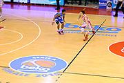 DESCRIZIONE : Reggio Emilia Lega A 2014-15 Grissin Bon Reggio Emilia - Banco di Sardegna Sassari playoff Finale gara 1 <br /> GIOCATORE : Andrea Cinciarini<br /> CATEGORIA : palleggio<br /> SQUADRA : Grissin Bon Reggio Emilia<br /> EVENTO : LegaBasket Serie A Beko 2014/2015<br /> GARA : Grissin Bon Reggio Emilia - Banco di Sardegna Sassari playoff Finale gara 1<br /> DATA : 14/06/2015 <br /> SPORT : Pallacanestro <br /> AUTORE : Agenzia Ciamillo-Castoria /M.Marchi<br /> Galleria : Lega Basket A 2014-2015 <br /> Fotonotizia : Reggio Emilia Lega A 2014-15 Grissin Bon Reggio Emilia - Banco di Sardegna Sassari playoff Finale gara 1<br /> Predefinita :