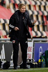 NEWPORT, WALES - Thursday, October 22, 2020: Wales' national women's team manager Jayne Ludlow during the UEFA Women's Euro 2022 England Qualifying Round Group C match between Wales Women and Faroe Islands Women at Rodney Parade. Wales won 4-0. (Pic by David Rawcliffe/Propaganda)