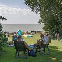 Zomer in Friesland, zon, zee, strand, IJsselmeer