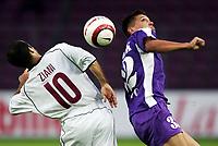 Servettes Stephane Ziani gegen Ujpests Peter Rajczi. © Valeriano Di Domenico/EQ Images