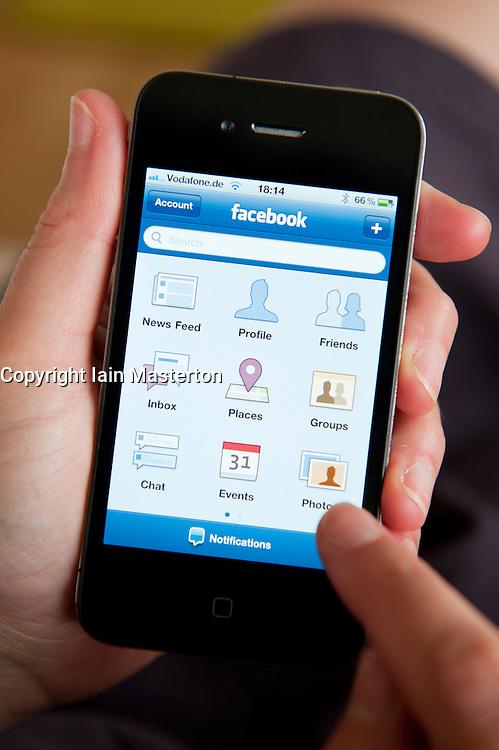 using Facebook app on an iPhone 4G smart phone