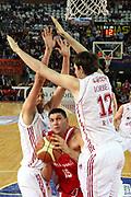 DESCRIZIONE : Roma Lega A1 2006-07 Lottomatica Virtus Roma Whirlpool Varese <br /> GIOCATORE : Fernandez <br /> SQUADRA : Whirlpool Varese <br /> EVENTO : Campionato Lega A1 2006-2007 <br /> GARA : Lottomatica Virtus Roma Whirlpool Varese <br /> DATA : 25/04/2007 <br /> CATEGORIA : Penetrazione <br /> SPORT : Pallacanestro <br /> AUTORE : Agenzia Ciamillo-Castoria/G.Ciamillo <br /> Galleria : Lega Basket A1 2006-2007 <br />Fotonotizia : Roma Campionato Italiano Lega A1 2006-2007 Lottomatica Virtus Roma Whirlpool Varese <br />Predefinita :