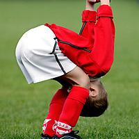The Netherlands, Dalem, 06-09-2003.<br /> Football, Juniors, Pupillen-F.<br /> Time: 10.35 h<br /> Photo: Klaas Jan van der Weij.