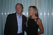 David Flint Wood and India Hicks. Launch dinner for Island Beauty by India Hicks hosted by Charles Finch and Harvey Nichols Fifth Floor Restaurant. London. .  14  November 2005 . ONE TIME USE ONLY - DO NOT ARCHIVE © Copyright Photograph by Dafydd Jones 66 Stockwell Park Rd. London SW9 0DA Tel 020 7733 0108 www.dafjones.com
