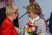 Prinses Margriet bezoekt WK parahandboogschieten in 's-Hertogenbosch.<br /> <br /> Op de foto: Prinses Margriet