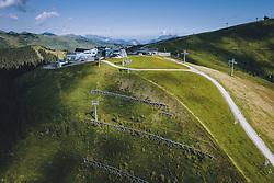 THEMENBILD - Bergstation der Areitbahn und der trass Xpress Bahn auf der Schmitten, aufgenommen am 30. Juli 2020 in Zell am See, Österreich // Top station of the Areitbahn and trass Xpress lift on the Schmitten, Zell am See, Austria on 2020/07/30. EXPA Pictures © 2020, PhotoCredit: EXPA/ JFK