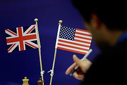 18-01-2010 SCHAKEN: CORUS CHESS 2010: WIJK AAN ZEE<br /> Derde ronde van het Corus Schaaktoernooi 2010 / Vlaggetjes Engeland vs USA<br /> ©2010-WWW.FOTOHOOGENDOORN.NL