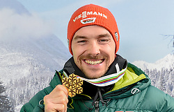 24.02.2019, Tirolberg TV Studio, Seefeld, AUT, FIS Weltmeisterschaften Ski Nordisch, Seefeld 2019, Tirolberg TV Studio, im Bild Fabian Rießle (GER) mit seiner Goldmedaille // Fabian Rießle of Germany with his gold medal during the FIS Nordic Ski World Championships 2019 at the Tirolberg TV Studio in Seefeld, Austria on 2019/02/24. EXPA Pictures © 2019, PhotoCredit: EXPA/ Erich Spiess