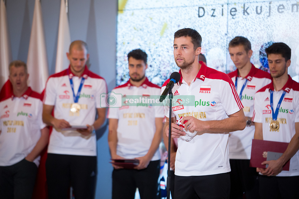 October 1, 2018 - Warsaw, Poland - Michal Kubiak and Poland men's national volleyball team during the meeting with Prime Minister of Poland Mateusz Morawiecki at Chancellery of the Prime Minister in Warsaw, Poland on 1 October 2018. Poland won the gold medal after defeating Brazil in FIVB Volleyball Men's World Championship Final in Turin on 30 September. (Credit Image: © Mateusz Wlodarczyk/NurPhoto/ZUMA Press)