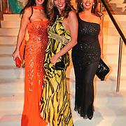 NLD/Amsterdam/20101209 - VIP avond Miljonairfair 2010, Susan Blokhuis, ............ en Esther Oosterbeek