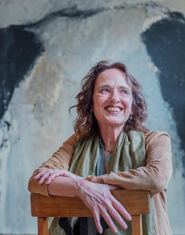 Nederland. Utrecht, 27-01-2019. Photo: Patrick Post. Portret van dichteres Esther Jansma.