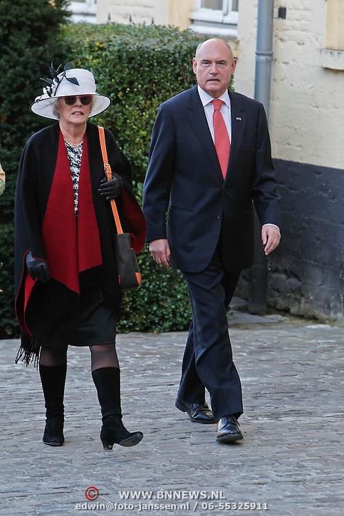 BEL/Brussel/20101120 - Huwelijk prinses Annemarie de Bourbon de Parme-Gualtherie van Weezel en bruidegom Carlos de Borbon de Parme, Herman Wijffels en partner