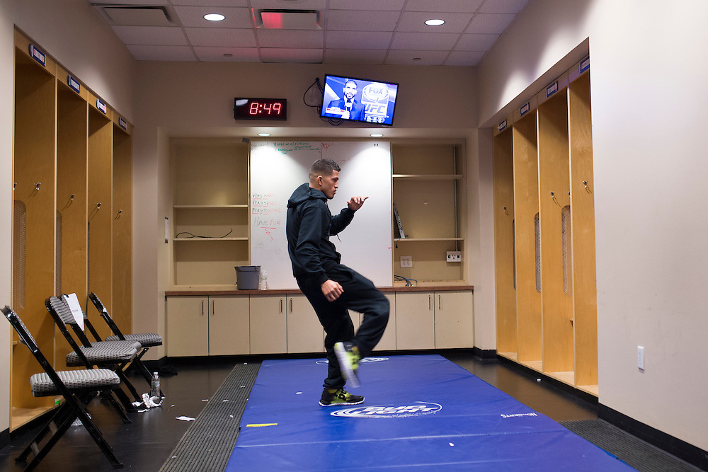 DALLAS, TX - MARCH 14:  Anthony Pettis warms up backstage before his fight against Rafael Dos Anjos during UFC 185 at the American Airlines Center on March 14, 2015 in Dallas, Texas. (Photo by Cooper Neill/Zuffa LLC/Zuffa LLC via Getty Images) *** Local Caption *** Anthony Pettis