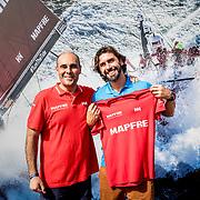 © Maria Muina I MAPFRE. El triatleta Brasileño Daniel de Oliveira con el MAPFRE in the Volvo Ocean Race.