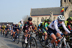 Hannah Barnes (GBR) in the bunch at Gent Wevelgem - Elite Women 2019, a 136.9 km road race from Ieper to Wevelgem, Belgium on March 31, 2019. Photo by Sean Robinson/velofocus.com