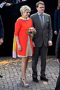 Koningsdag in Dordrecht / Kingsday in Dordrecht<br /> <br /> Op de foto / On the photo: <br /> <br />  Prins Constantijn en prinses Laurentien