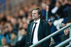 Steven Pressley, Falkirk manager, smiles at Dundee manager Barry Smith..Falkirk 1 v 0 Dundee, Ramsdens Cup Second Round, 9th August 2011.