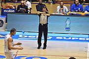 Descrizione: Beko Supercoppa 2015 Finale Grissin Bon Reggio Emilia - Olimpia EA7 Emporio Armani Milano<br /> GIOCATORE: <br /> CATEGORIA: Arbitro Referee<br /> SQUADRA: Olimpia EA7 Emporio Armani Milano Grissin Bon Reggio Emilia<br /> EVENTO: Beko Supercoppa 2015<br /> GARA: Grissin Bon Reggio Emilia - Olimpia EA7 Emporio Armani Milano<br /> DATA: 27/09/2015<br /> SPORT: Pallacanestro<br /> AUTORE: Agenzia Ciamillo-Castoria/GiulioCiamillo