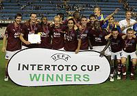 Fotball<br /> Intertoto-Cup finale 2005/2006<br /> Foto: Witters/Digitalsport<br /> NORWAY ONLY<br /> <br /> v.l. Wicky, Van Buyten, Mpenza, Jarolim, Mahdavikia, Demel, Van der Vaart Boulahrouz, Atouba, dahinter Kirchstein, Takahara, Trochowski, Lauth, dahinter Barbarez<br /> <br /> UI-Cup 2. Finale FC Valencia - Hamburger SV 0:0