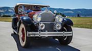 USA, Oregon, Hood River, Western Antique Aeroplane and Automobile Museum,  a 1929 Packard Model 640 Super 8 Phaeton.