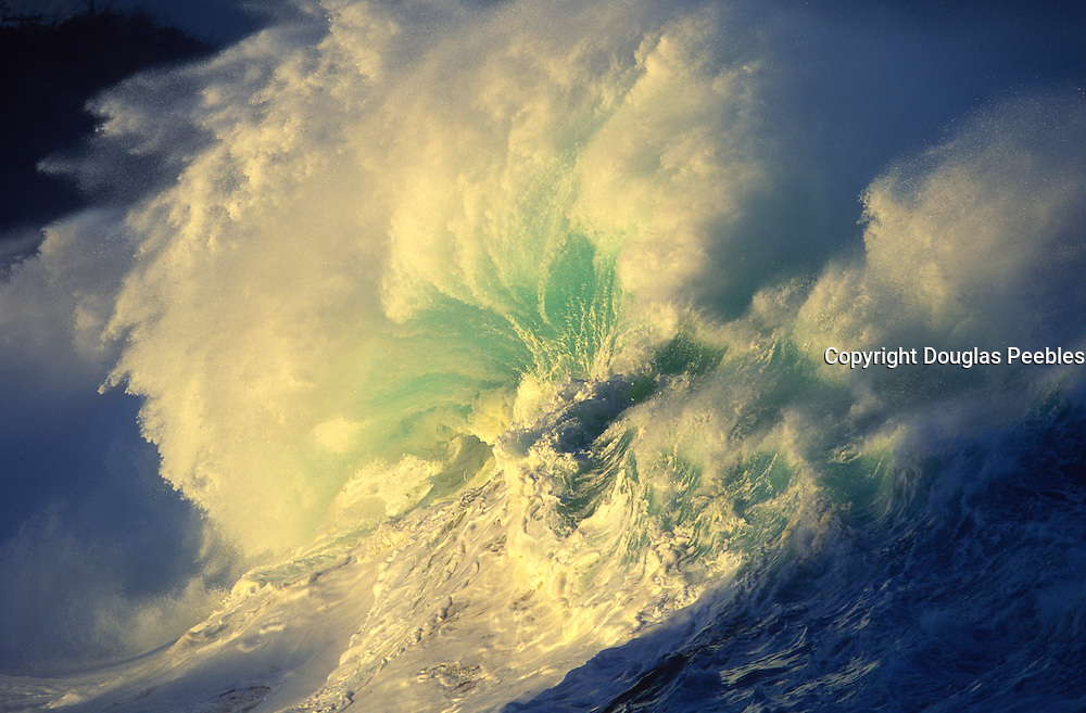 Wave, Waimea Bay, Oahu, Hawaii, USA<br />