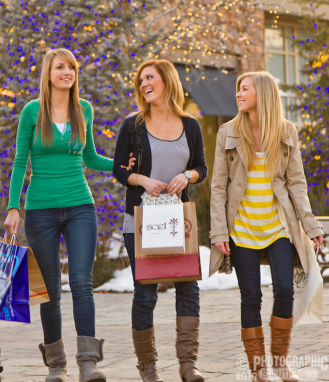 People shopping in an outdoor mall