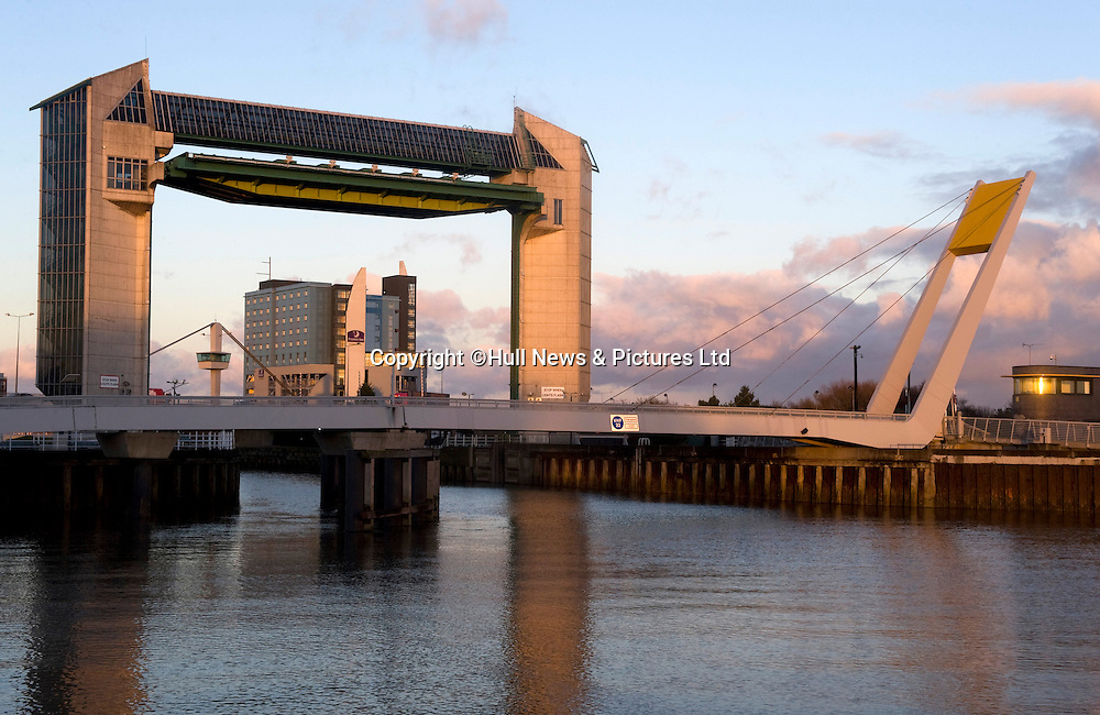 21 August 2014: The tidal barrier in Hull, East Yorkshire, where the River Hull meets the Humber Estuary near the Deep.<br /> Picture: Sean Spencer/Hull News & Pictures Ltd<br /> 01482 772651/07976 433960<br /> www.hullnews.co.uk   sean@hullnews.co.uk