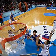 Anadolu Efes's Dario Saric (2ndR) during their Turkish Airlines Euroleague Basketball Group A Round 9 match Anadolu Efes between Nizhny Novgorod at Abdi ipekci arena in Istanbul, Turkey, Friday December 12, 2014. Photo by Aykut AKICI/TURKPIX