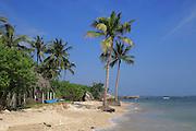 Ocean and sandy tropical beach at Pasikudah Bay, Eastern Province, Sri Lanka, Asia