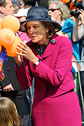 Koninginnedag 2011 in het  Limburgse plaatsjeThorn (witte dorp) // Queen's Day 2011 in the southern of Holland ( Limburg). The Royal family is visiting the small white village Thorn.<br /> <br /> Op de foto / On the photo: