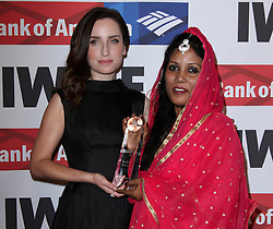 Zoe Lister-Jones und Stella Paul bei den Courage in Journalism Awards in Beverly Hills / 201016<br /> <br /> *** 27th Annual International Women's Media Foundation Courage in Journalism Awards held at the Beverly Wilshire Hotel in Beverly Hills, USA, October 20, 2016 ***