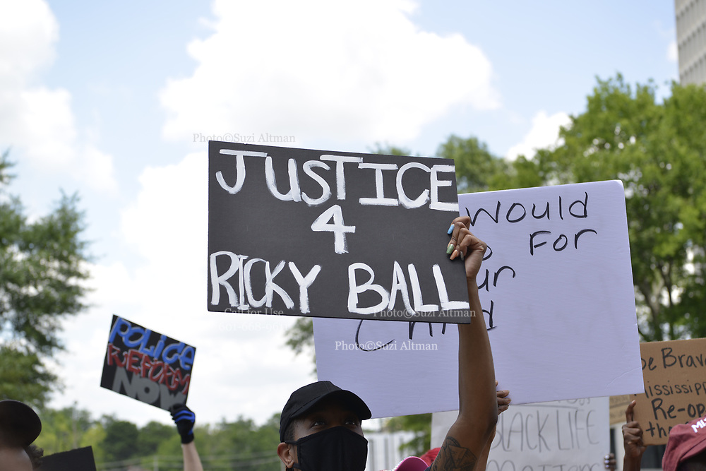 6/5/2020 Jackson MS. Protestors gather across the street from the Mississippi State Capitol at Attorney General Lynn Fitch office. Fitch recently dropped all charges against the Mississippi police officers in the murder of African American Ricky Ball. The protestors then walked to the Capitol and tried to delivery a list of their demands, and were denied entrance by Capitol police.The protest in Jackson was organized by the Poor People's Campaign and other organizations because manslaughter charges against police were dropped in the murder of Ricky Ball of Columbus MS.<br /> Protests have broken out across America and around the world in solidarity of Black Lives Matter and to end systemic racism. Photo copyright © Suzi Altman @suzialtman #blm #blm_sip #blacklivesmatter #rickyball #justice #mississippi #icantbreathe #racism #change #suzialtman #documentyourdays #history