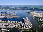 Nederland, Noord-Holland, Amsterdam, 02-09-2020; Oostelijk Havengebied met in de voorgrond Cruquiuseiland (ook wel Cruquiusgebied), Entrepothaven en  Mond van het Amsterdam-Rijnkanaal.<br /> Eastern Docklands with in the foreground Cruquiuseiland (also called Cruquius area), Entrepothaven and mouth of the Amsterdam-Rhine Canal.<br /> luchtfoto (toeslag op standard tarieven);<br /> aerial photo (additional fee required);<br /> copyright foto/photo Siebe Swart