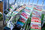20180603/ Javier Calvelo - adhocFOTOS/ URUGUAY/ MONTEVIDEO/ CAMPEONATO URUGUAYO 2018/ TORNEO INTERMEDIO/ 6° FECHA/ Cancha: Parque Capurro / Fénix 1:1 Cerro/ Entrevista a Guillermo Bohm, fotógrafo apodado El Paparazzi, en partido en Parque Capurro. <br /> En la foto:  Guillermo Bohm en el Parque Capurro. Foto: Javier Calvelo /  adhocFOTOS