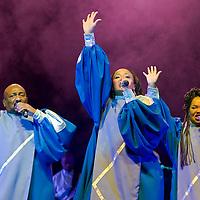 Members of the Harlem Gospel Singers choir perform during a christmas concert in Budapest, Hungary. Thursday, 07. December 2006. ATTILA VOLGYI